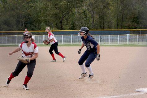 JV softball sweeps Warrenton