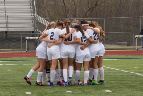 Girls soccer fundraises for autism awarness