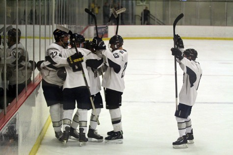 Hockey club pushes winning streak to five with victory over Howell