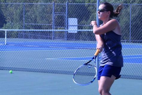 Tennis recognizes its seniors