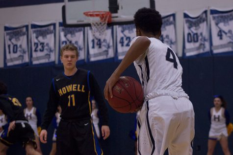 Spartans fall short in battle against Howell