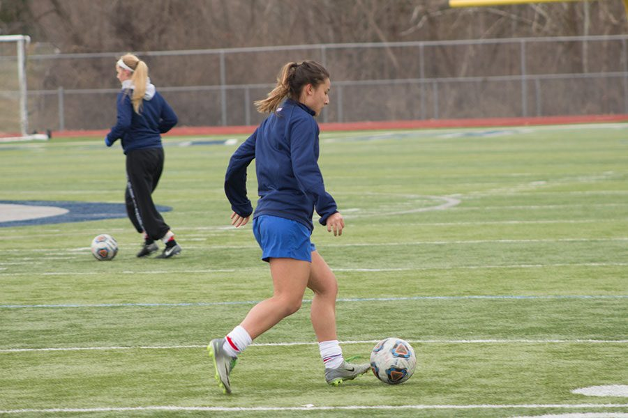 Girl%27s+Soccer+practices+kick+into+full+swing%2C+and+student%27s+spend+hundreds+of+dollars+to+play.